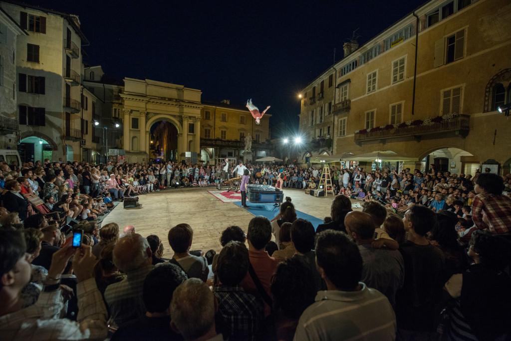 Collectif de la Bascule - Rien n'est moin sûr (mais c'est une piste) - Festival Mirabilia 2013 - ph Andrea Macchia