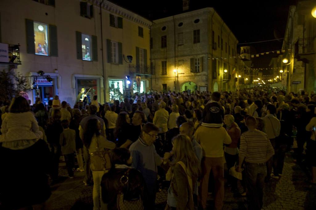 Compagnia L'Excuse - Silly Windows - Festival Mirabilia 2011 - ph Andrea Macchia