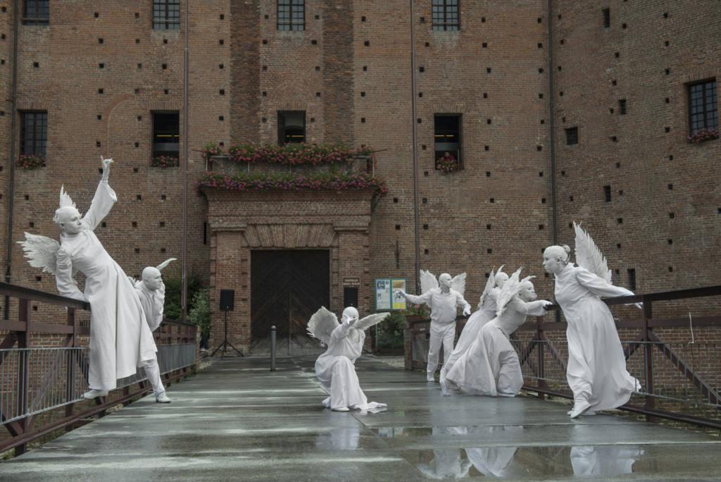 Silence Teatro, Duo Laos, claudia Franco - Il Castello delle Essenze - Festival Mirabilia 2014 - ph Andrea Macchia