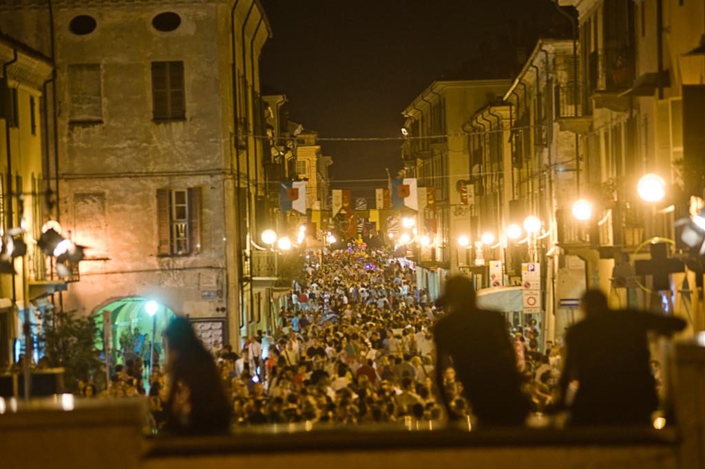 Via Roma - Festival Mirabilia 2012 - ph Andrea Macchia