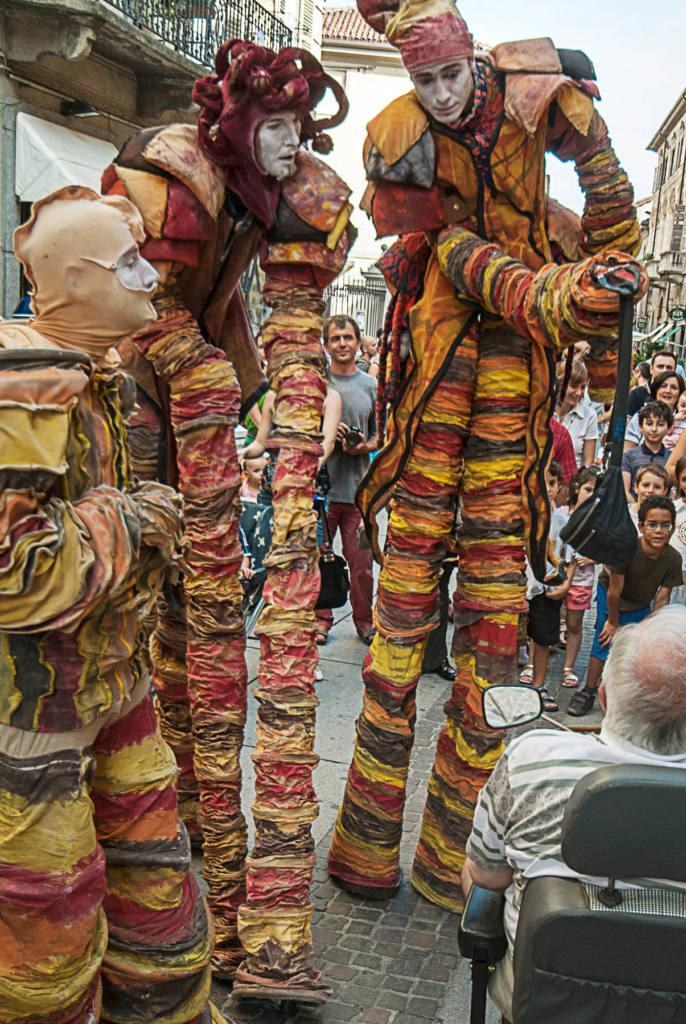 Saupalin - Tetes en l'air - Festival Mirabilia 2008