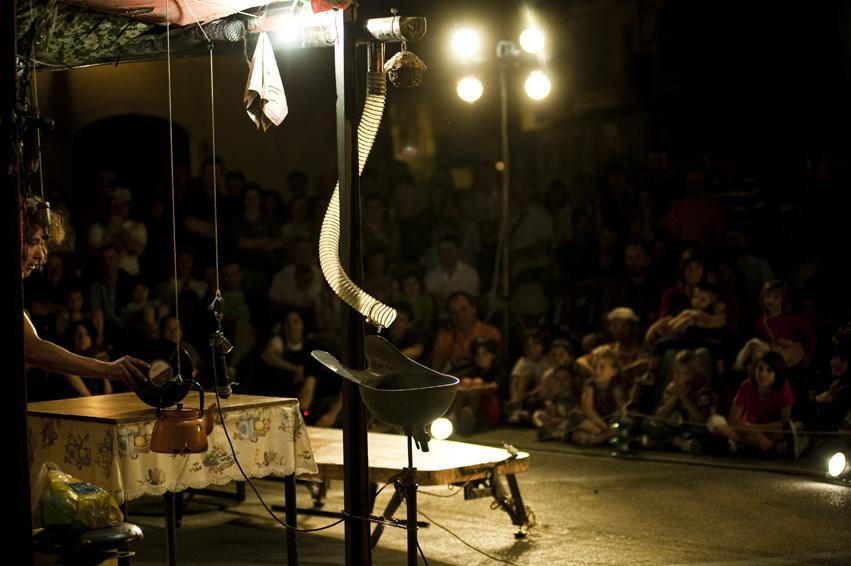 Cia. Sebas - Acorde - Festival Mirabilia 2009