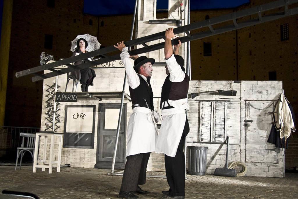 Bash street company - Festival Mirabilia 2009
