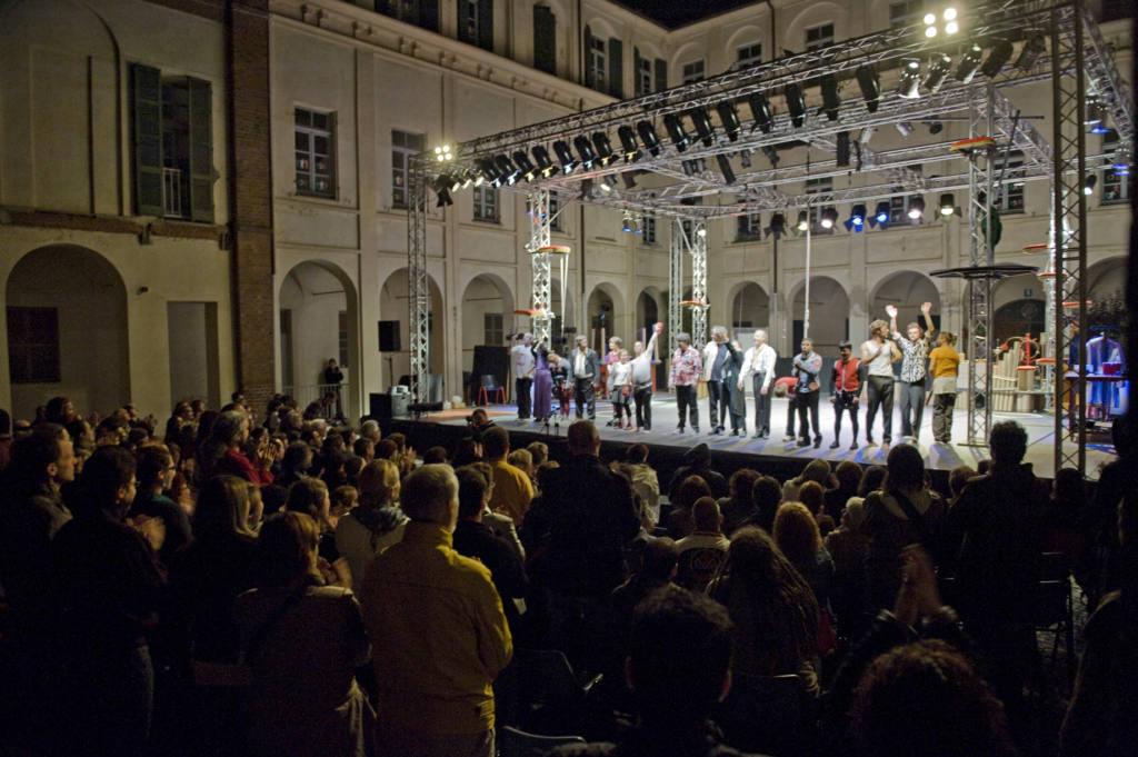 La Bande des Fous - Complicités - Festival Mirabilia 2011 - ph Andrea Macchia