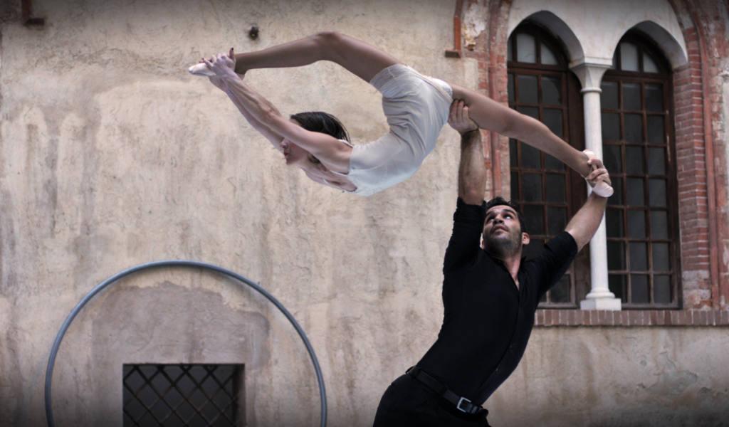 Silence Teatro, Duo Laos, claudia Franco - Il Castello delle Essenze - Festival Mirabilia 2014 - ph Raica Quilici