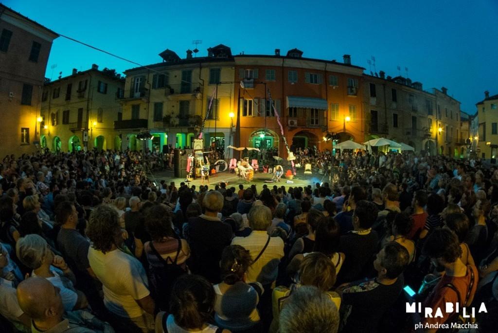 Mirabilia 2015 a Fossano - Les Jolies Fantastiques - ph Andrea Macchia