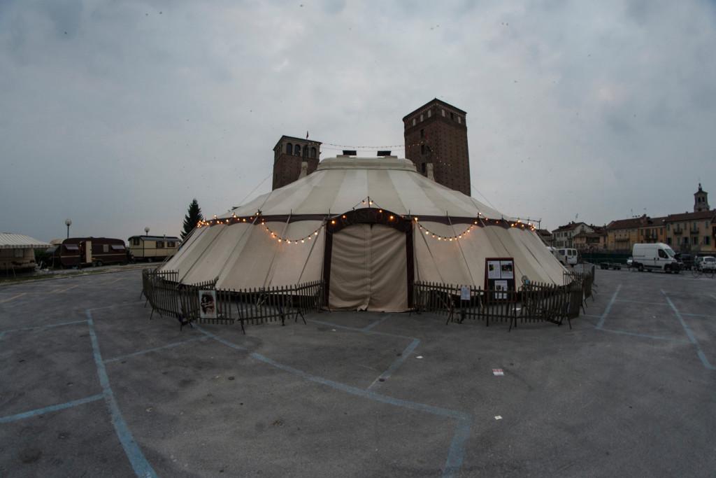 Chapiteau Piazza Castello - ph Andrea Macchia