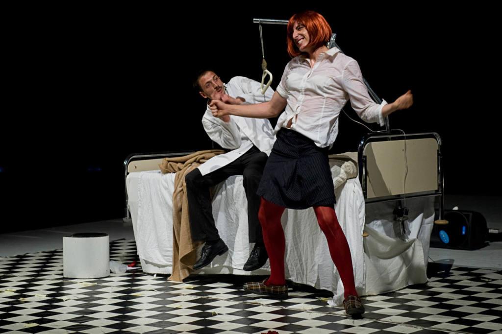 Madame Rebine' - Il paziente - Festival Mirabilia 2012 - ph Andrea Macchia