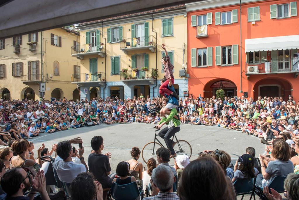 RasoTerrA - La Baleine Volante - Festival Mirabilia 2014 - ph Andrea Macchia