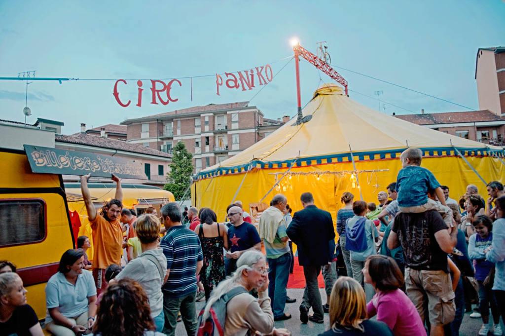 Circo Paniko - Festival Mirabilia 2010 - ph Andrea Macchia