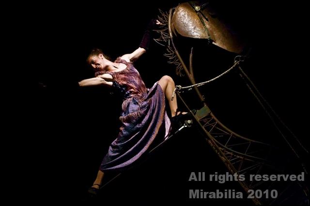 Circ Panic - La caravana passa - Festival Mirabilia 2010 - ph Daniela Salton