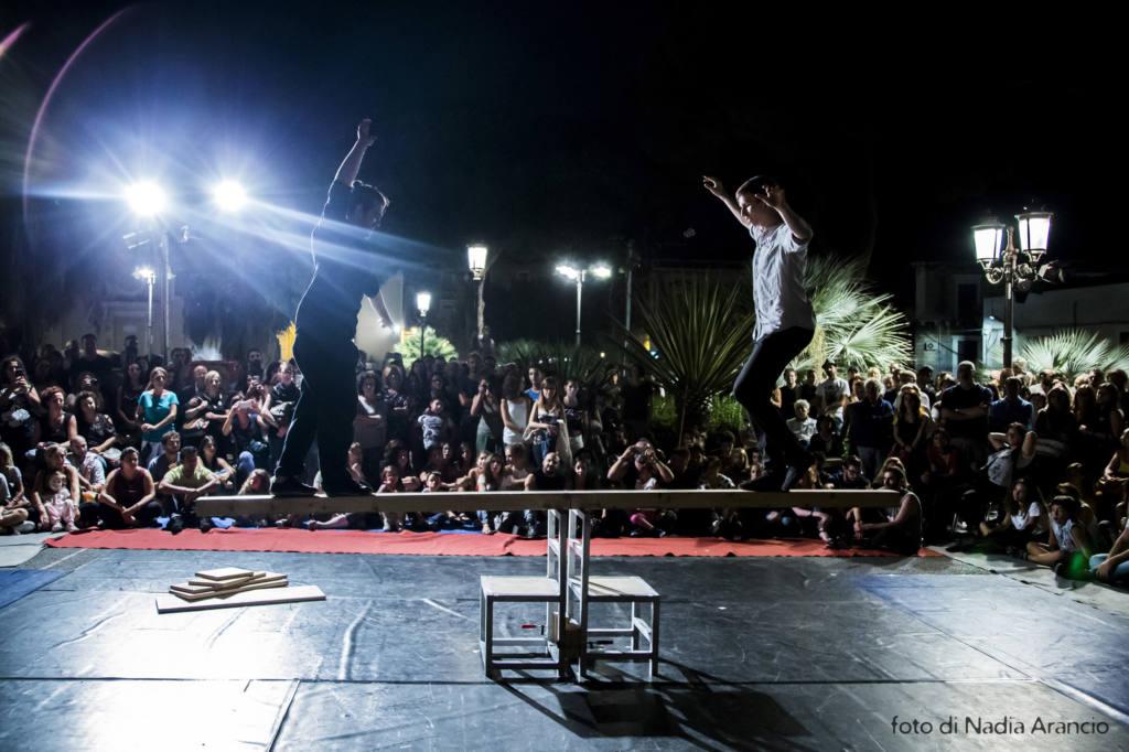 Kolektiv Lapso Cirk - David & Tomas - Ovvio - Festival Mirabilia 2018