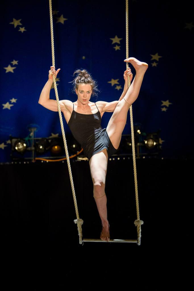 Vanessa Pahud/Cirque Production - So-Ham