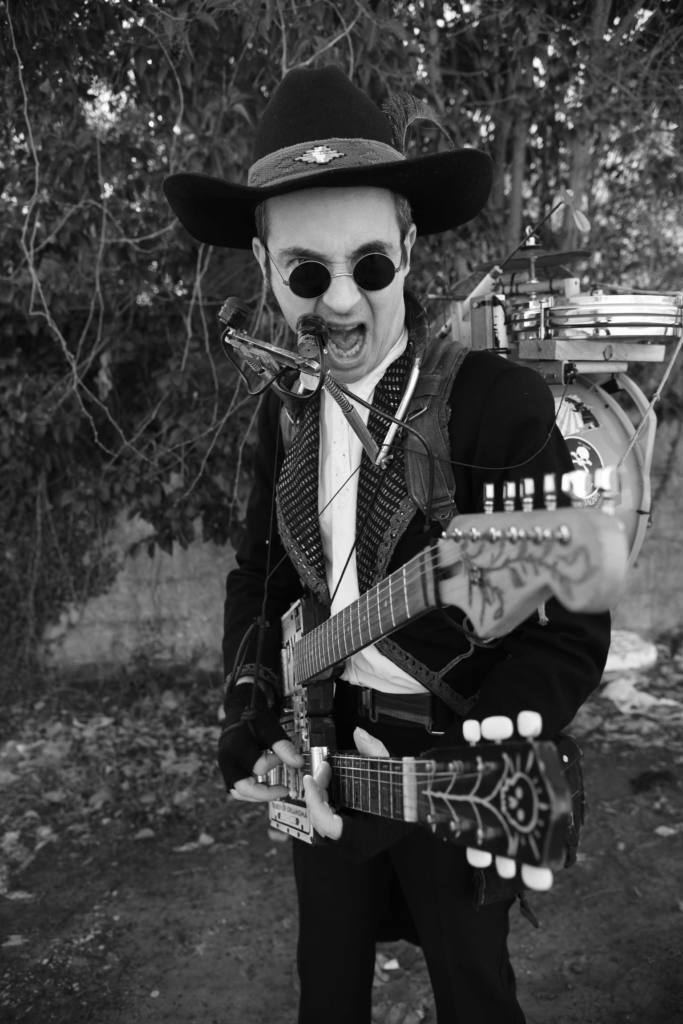 The Legendary Straniero - Trashman Blues